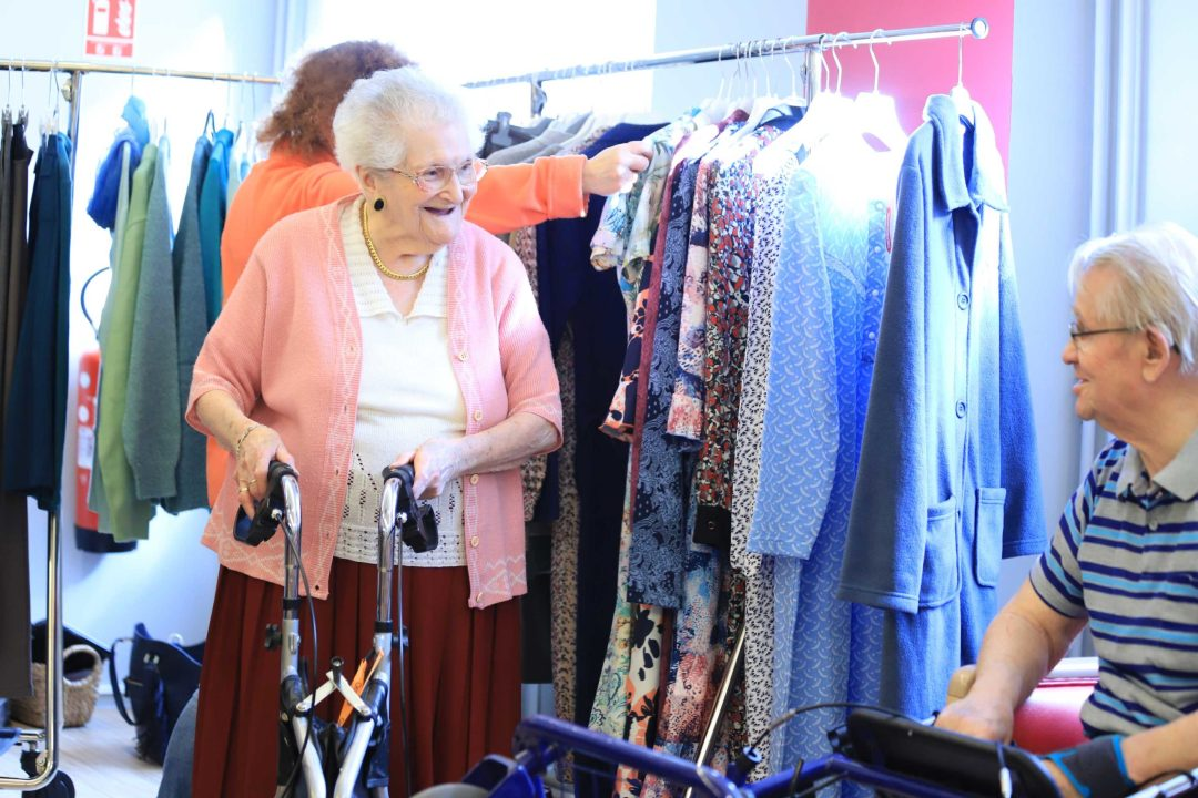 Un événement shopping où les résidents peuvent choisir, toucher