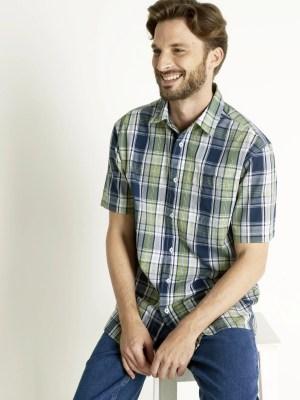 Chemises et tee-shirts