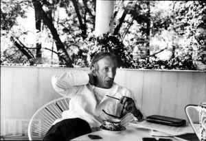 Le philosophe Ivan Illich dans les années 70