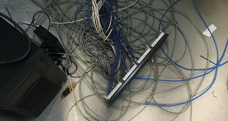 computer cable wiring