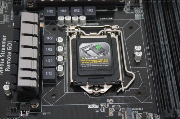 Asus-Z97-AR (8)