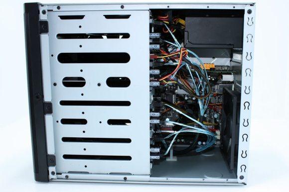 SilverStone-DS380 (19)