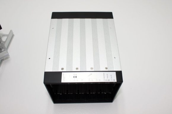 iStarUSA-BPU-350SATA (17)