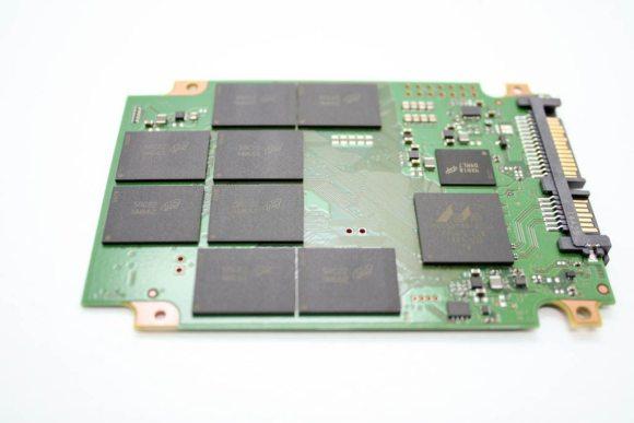Crucial-MX200-256 (26)