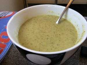 I can't resist - broccoli curry soup