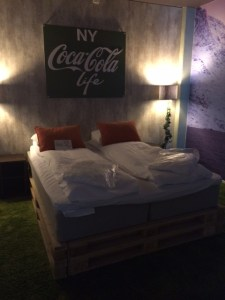 Coca-Cola is not life - hotel room Oslo