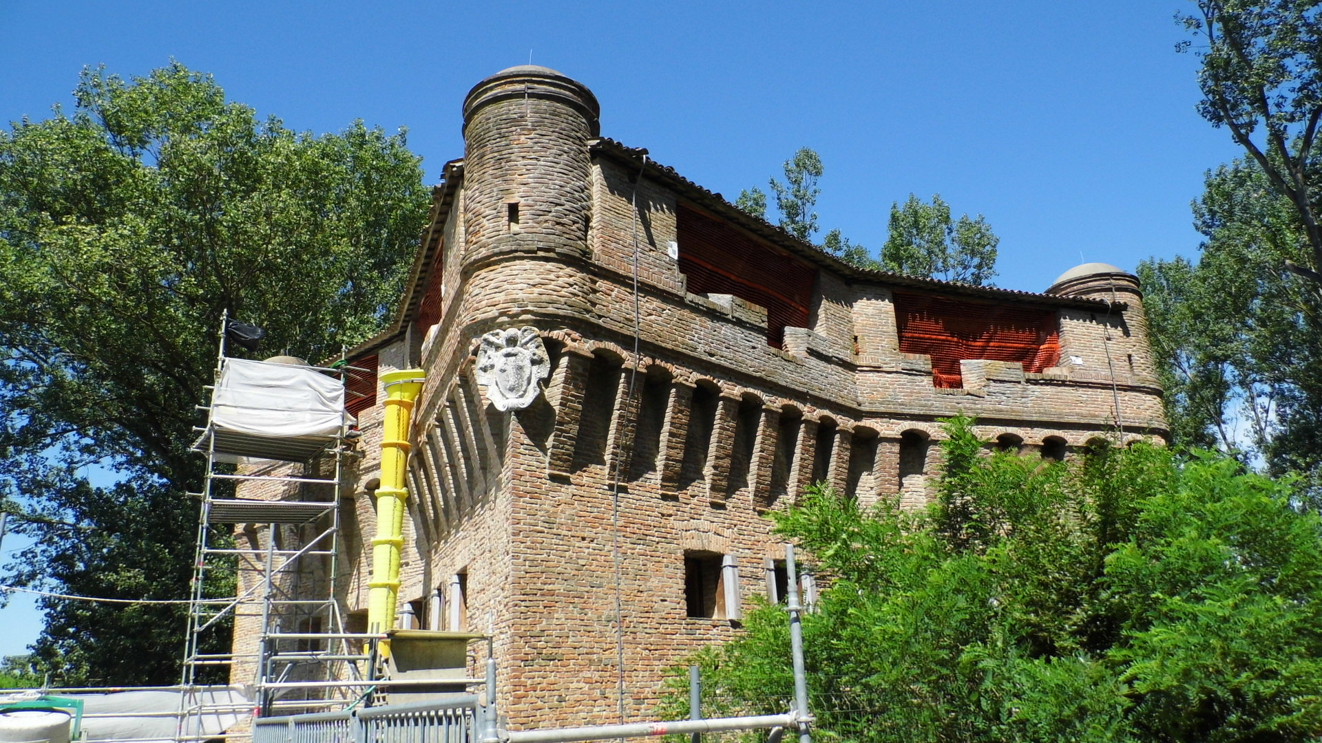 Rocca cantiere
