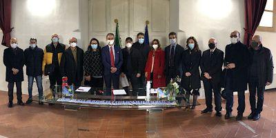 Ministro Costa con parlamentari e associazioni