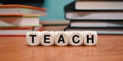scuola teach pexels pixabay 301926