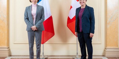 la ministra della Difesa Florence Parly e la consigliera federale Viola Amherd