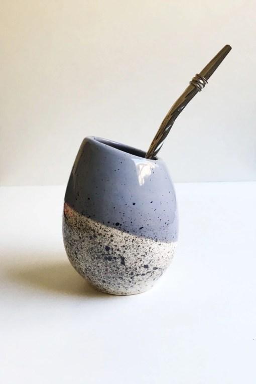 mate huevito de cerámica esmaltado color gris