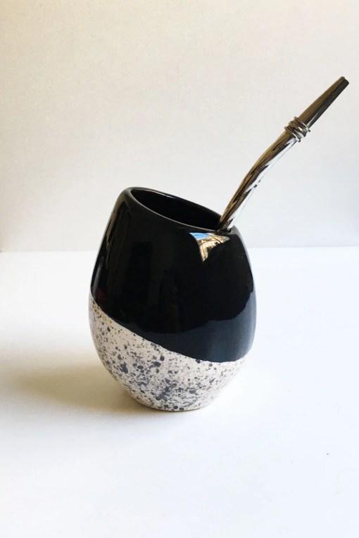 mate huevito de cerámica esmaltado color negro