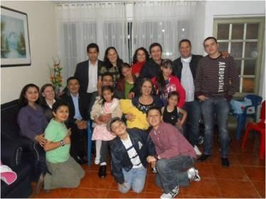 Grupo de Carlos y Ayda Holguín