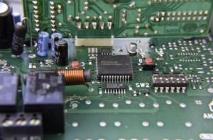 printed-circuit-board-217339_640