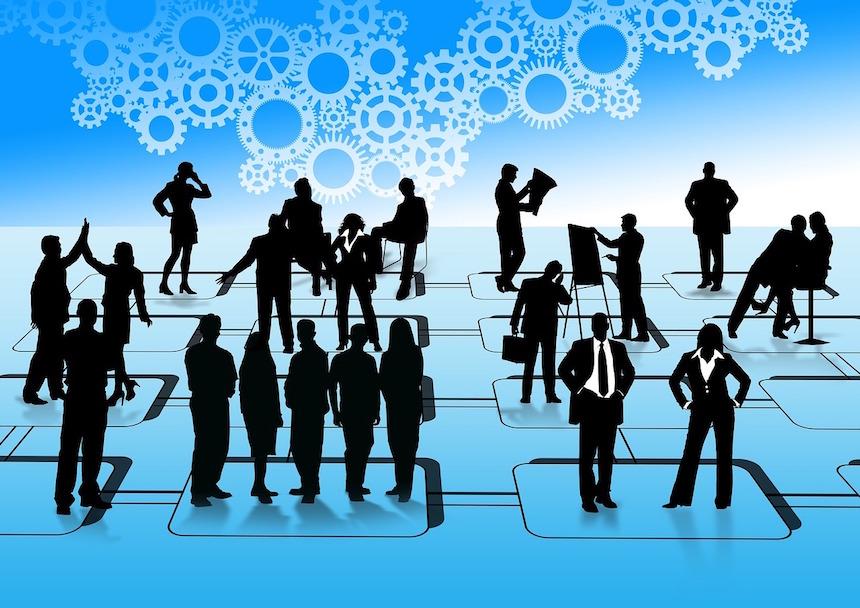 Con-TACT: Die 7 Schlüsselkompetenzen für virtuelle Führungskräfte