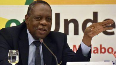 CAF Confédération Africaine de foot ball issa hayatou en conférnce de presse