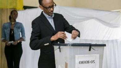 Vote du président rawndais Paul Kagame le 18 décembre 2015 à Kigali | AFP | CYRIL NDEGEYA