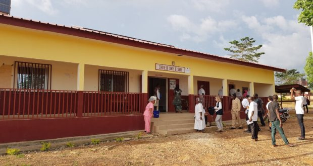 Le Centre de santé de Samoé (environ 10 km de N'Zérékoré-ville)