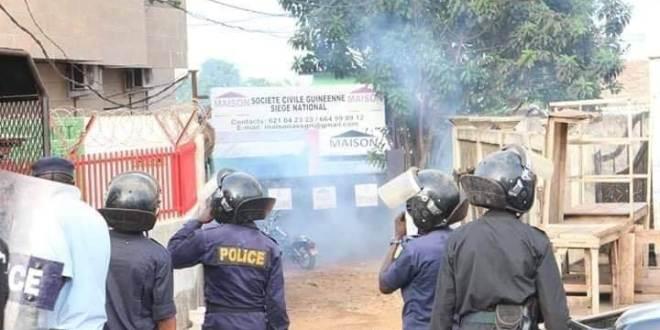 Manifestation police amoulanfe