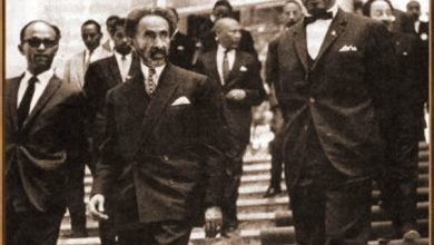 A-lOUA-Diallo-Telli-reçoit-de-nombreux-chefs-dEtat.-Ici-avec-le-Négus-Hailé-Sélassié-Empereur-dEthiopie