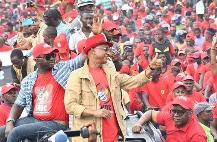 Cellou Dalein Diallo à la marche du FNDC
