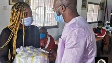 remise de don MSCPH Guinee