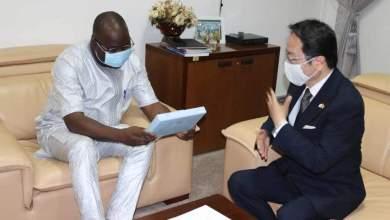 S.E. Dr. Ibrahima Khalil KABA et Hideo MATSUBARA, Ambassadeur du Japon en Guinée