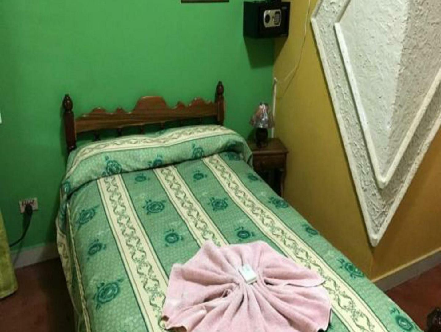 alojamiento en la habana cuba casas de alquiler en cuba habana casa de alvy y ada viñales