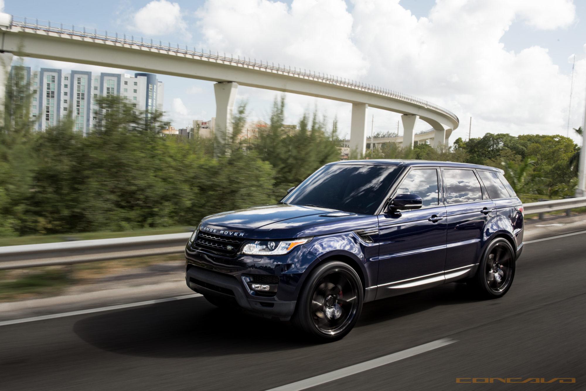 Range Rover on Custom 24″ CW 6 – Concavo Wheels