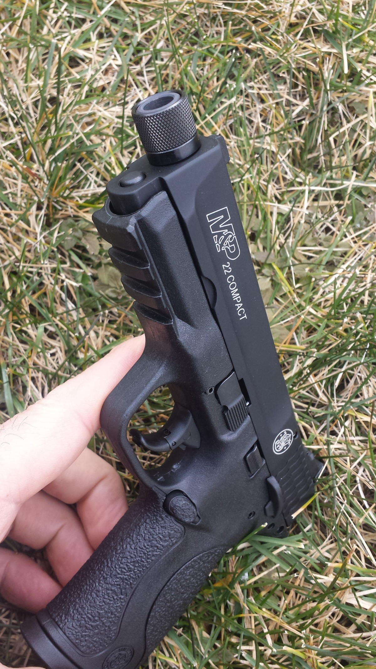 hight resolution of other features of the m p 22 compact include and 1913 rail reversible magazine release ambidextrous manual thumb safety and a interior trigger lock