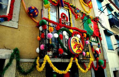 Festas de Lisboa - fachadas enfeitadas_02