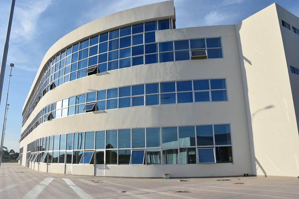 A punto de concluir la construcción del módulo del Bachillerato Técnico Humanístico (BTH) y Terrapuerto (Terminal) Montero.