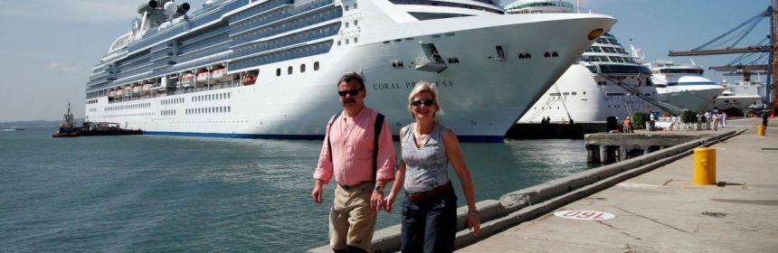 89cd89520e83682350d00bc1805e0214ec5a6f69 crop1585183582215.jpg 673822677 - Crucero Coral Princess viaja a EEUU al no poder atracar en Argentina y Brasil