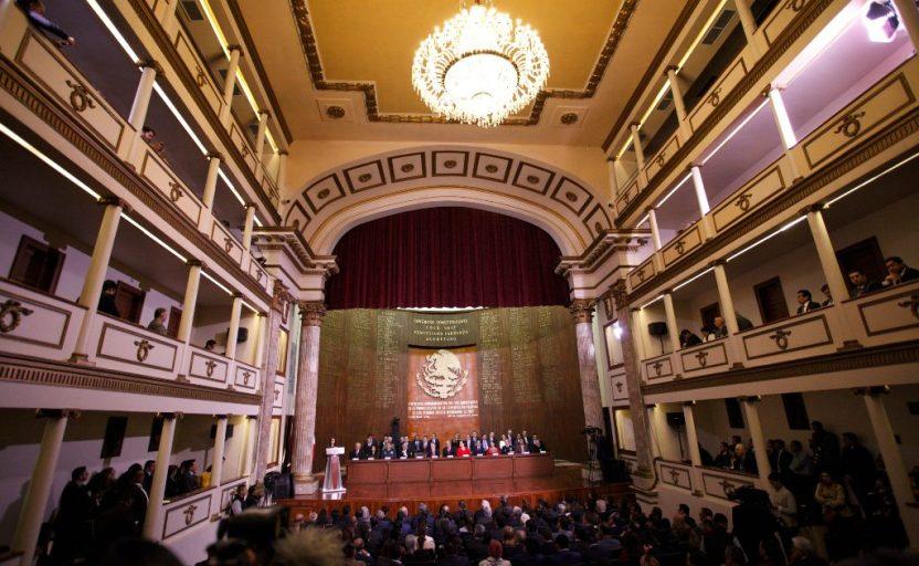 AMLO CONSTITUCION 3 - Mensaje virtual del Día Mundial del Teatro