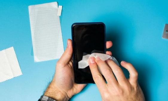 desinfectar celular - Cómo desinfectar correctamente la pantalla de tu celular - #Noticias