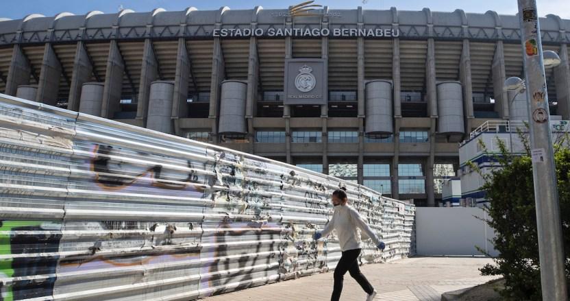 estadio - Tres futbolistas, 7 miembros del cuerpo técnico y 5 empleados del Alavés tiene coronavirus