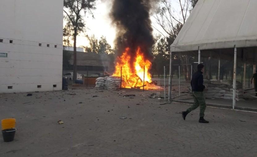 guardia nacional celaya - Un coche bomba estalla afuera de un cuartel de la Guardia Nacional en Celaya - #Noticias