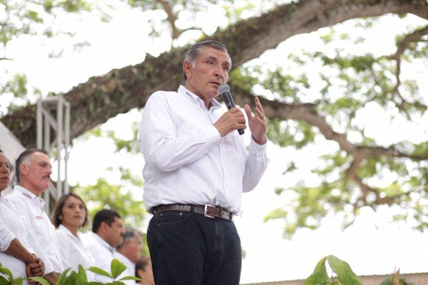 Augusto - Gobernador de Tabasco pide desaparecer el ayuntamiento de Jalapa