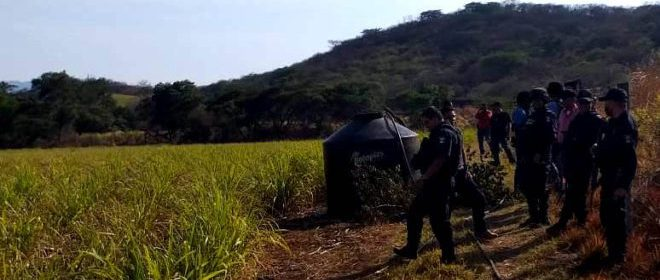 SSP Tomas clandestinas 2 PRINCIPAL 660x330 - Policía estatal acreditable capturó a dos sujetos por homicidio – Archivo Digital Colima