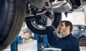 centro servicio reparacion automoviles examen mecanico suspension automovil 136930 6 e1582838915744.jpgquality80stripall - Así ayudan los headers a mejorar el desempeño del motor