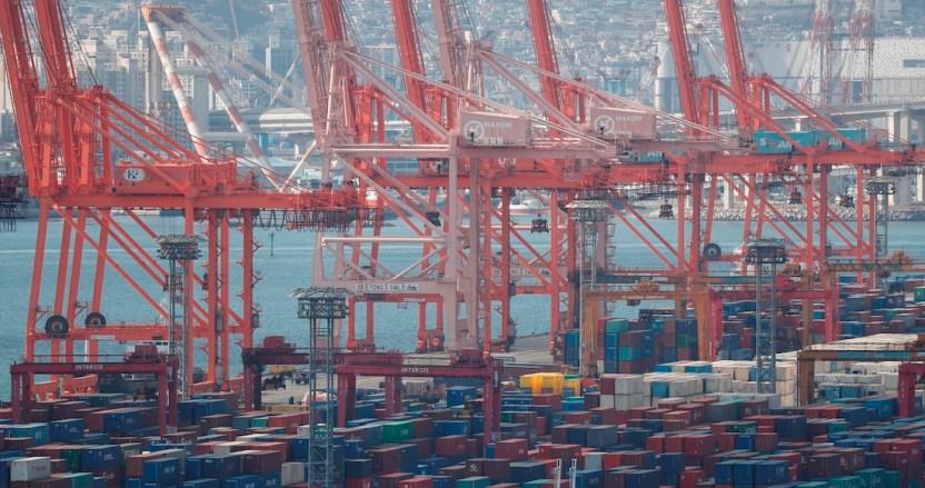 comercio mundial - Naciones Unidas para el Comercio y Desarrollo prevé una caída de 27% para las mercancías mundiales