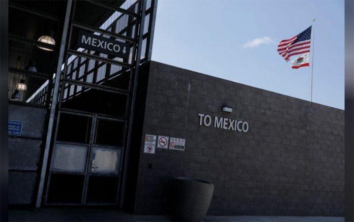frontera mexico 696x437 - EEUU, Canadá y México extienden restricciones de viajes a través de sus fronteras hasta junio | AFmedios .