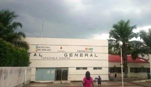tapachula - Pasantes de medicina en Tapachula exigen el pago de 8 quincenas