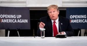 trump critica - Manifestantes en la Casa Blanca sólo buscan molestar, no tienen nada que ver con Floyd: Trump
