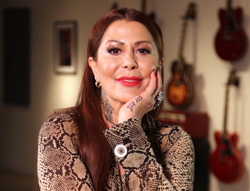 8774 ALEJANDRAGUZMANsoyasiJunk 02 e1588793736807 scaled - ¿Qué se hizo Alejandra Guzmán? Ahora luce 20 años más joven