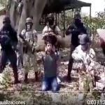 VIDEO  CJNG interroga a sicario del Abuelo Farías el narco que derrotó al Mencho - Cárteles del narco se aprovechan de migrantes y los reclutan, así lo hacen