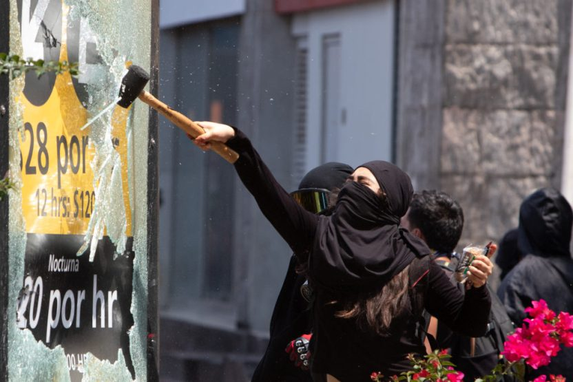 saqueo e1594049717245 - Citan a declarar a dos personas acusadas de saqueo durante protesta del 8 de junio