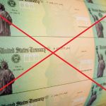 GettyImages 81027626 6 2 01 - ¿Adiós al segundo cheque de estímulo de $1,200 tras la firma de órdenes ejecutivas de Trump?