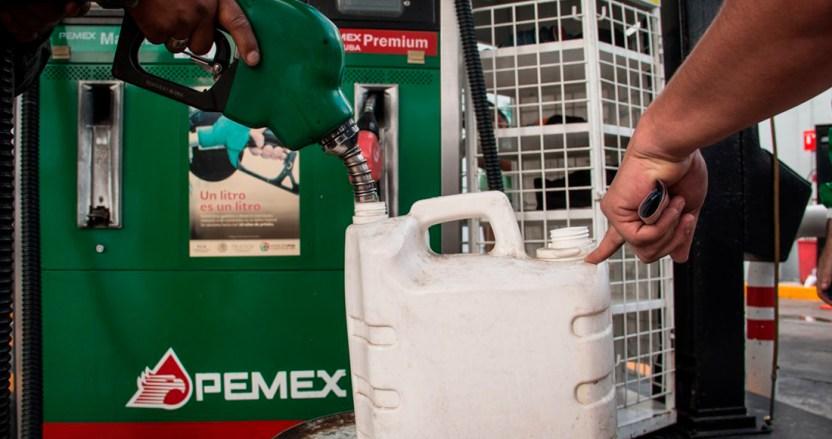 pemex 4 - El petróleo de fácil acceso se acabó: expertos. Urge transición energética que Pemex ignora