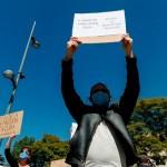 cubanos - Ciudadanos protestan afuera de la Embajada de Cuba en CdMx; exigen liberar a disidentes
